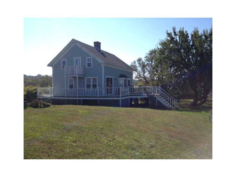 New listing charming block island cottage on grace 39 s for Block island cottage