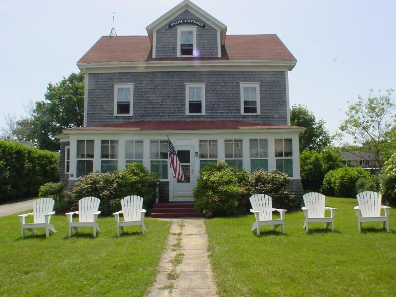 Prime weeks available walk to town and beaches block for Block island cottage