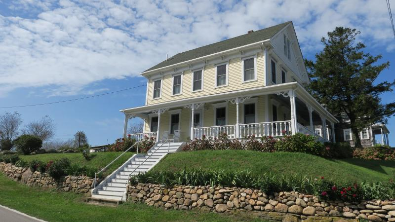 Still Looking For A Summer Rental Block Island Times