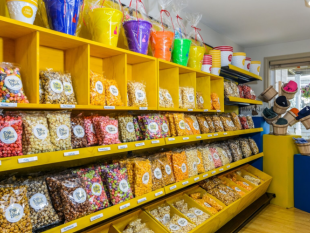 Popcorn, snacks, flavors, souvenir, candy, treat